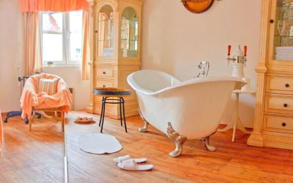 Spoznajte blahodarné účinky pivného kúpeľa
