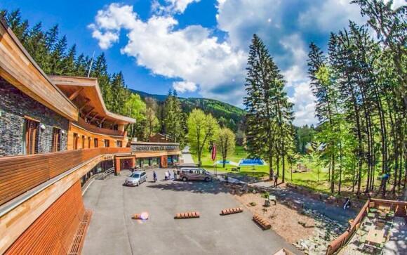 Ubytujte se v luxusním Horském hotelu Čeladenka ****