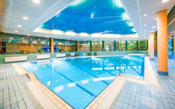 Využívať môžete bazén aj vírivku