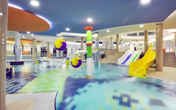 Děti se mohou vyřádit v zážitkových bazénech