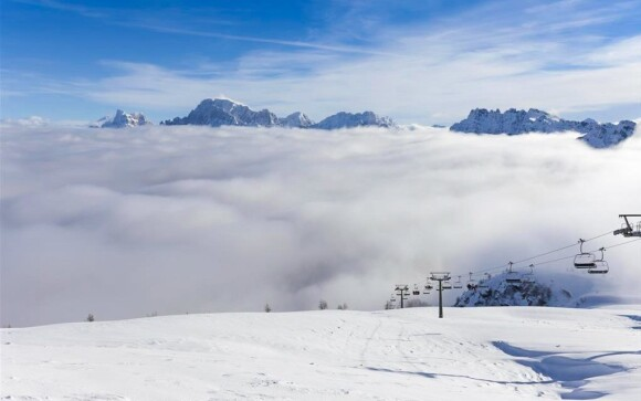 Vyzkoušejte lyžování ve snových Dolomitech
