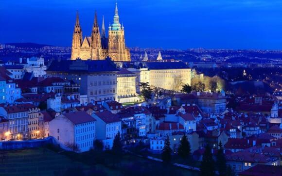 Užite si dychberúce pohľady na dominanty Prahy