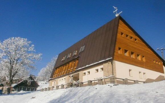 Horský hotel Vltava nájdete v Strážnom v Krkonošiach