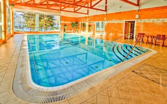 Do vnútorného hotelového bazéna získate neobmedzený vstup