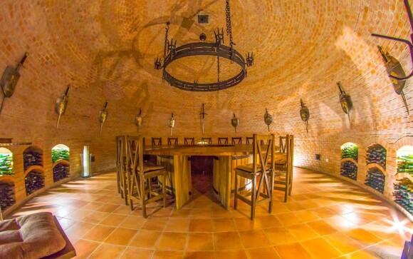 Užite si vinársky pobyt v Penzióne Dvůr pod Starýma horama