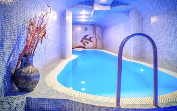 Bazén s protiproudem Hotel Capital ****, Nitra, Slovensko