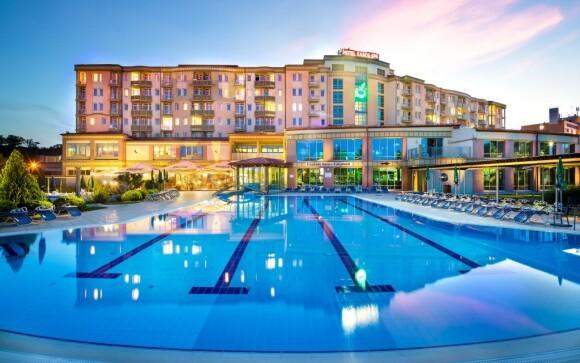 Luxusný bazén, Hotel Karos Spa ****superior, Zalakaros
