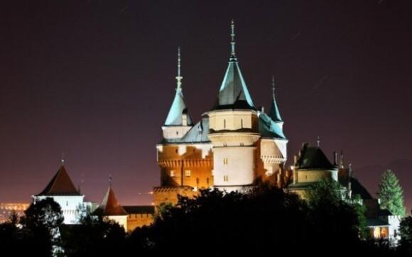 Vyrazte do kúpeľného mesta Bojnice a obdivujte jeho krásy