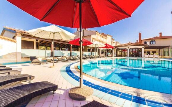 Vonkajší bazén, Hotel Villa Letan ****, Chorvátsko