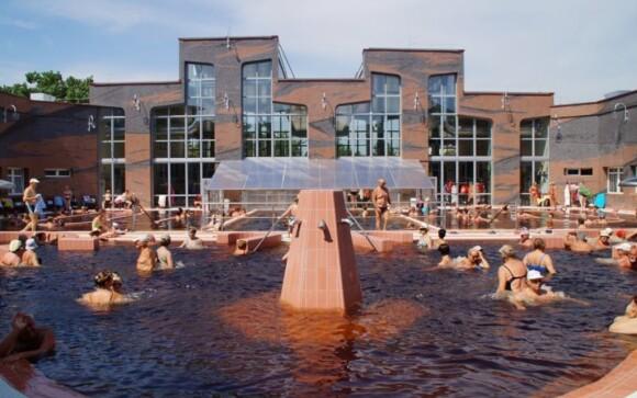 Kúpele Hajdúszoboszló, bazény, Maďarsko, Hajdúszoboszló