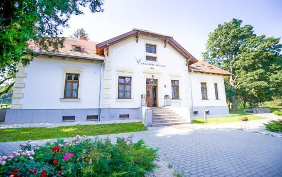 Zámek, Hotel Vadkert Major, Sárvár, zámecký hotel