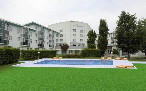 Vonkajší bazén od júla 2019, Hotel Jana **** Přerov