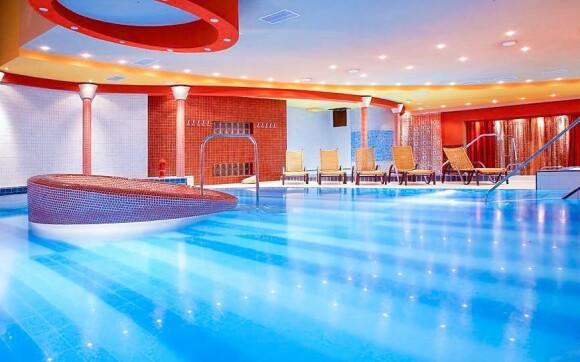 Luxusní wellness, bazén, Hotel Therma ****, Dunajská Streda