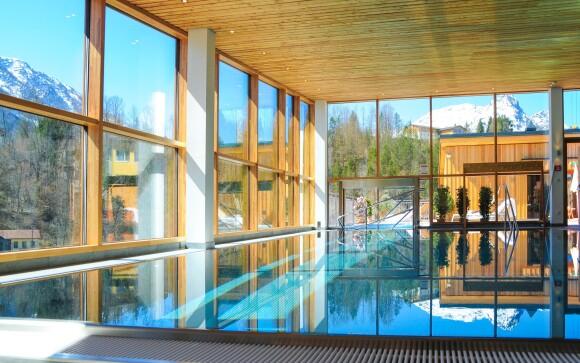 Doprajte si neobmedzené wellness s výhľadom na Alpy