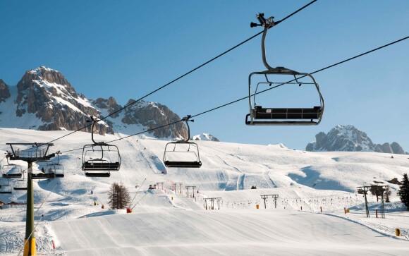 Užite si parádnu zimu plnú lyžovania v Talianskych Alpách