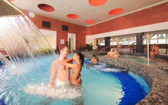 Wellness a bazény v Hunguest Hoteli Flóra ***