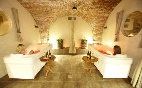Doprajte si pivný kúpeľ v Hoteli Sladovna ****, Morava