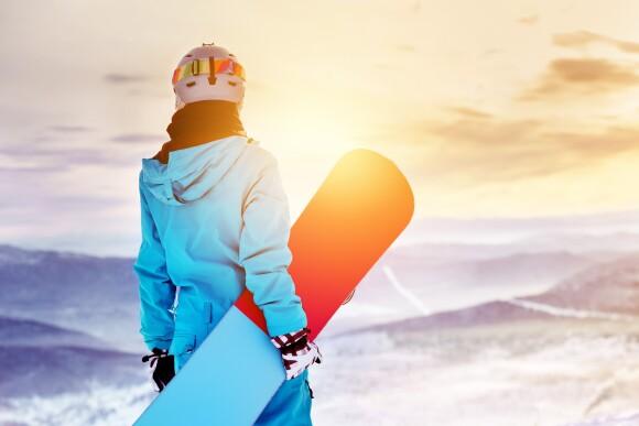 Nejbližší lyžařský areál stojí jen 500 m od hotelu