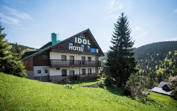 Navštivte pravý horský Wellness Hotel Idol *** v Krkonoších