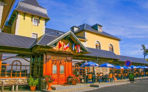 Hotel Praha *** v centru Božího Daru, Krušné hory