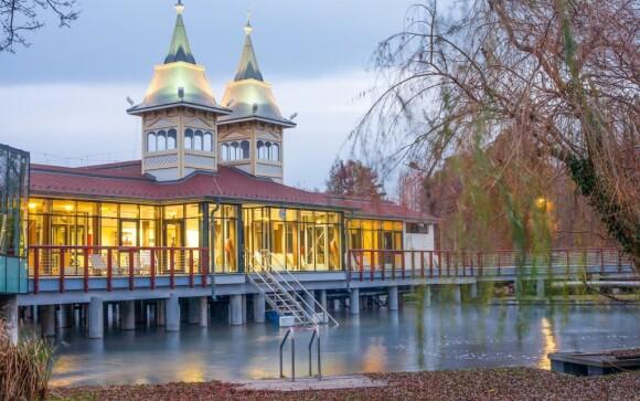 Hévíz patří mezi nejpopulárnější maďarské lázně