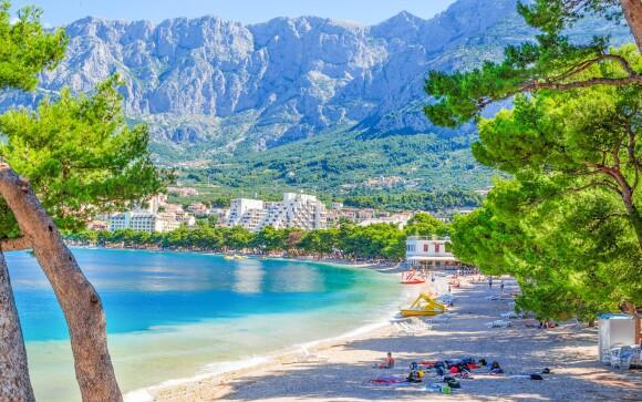 Pláž s pískem na Makarske, Hotel Bonaca ***, Chorvatsko