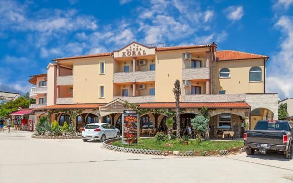 Hotel Koral *** jen 50 m od pláže, Istrie, Chorvatsko