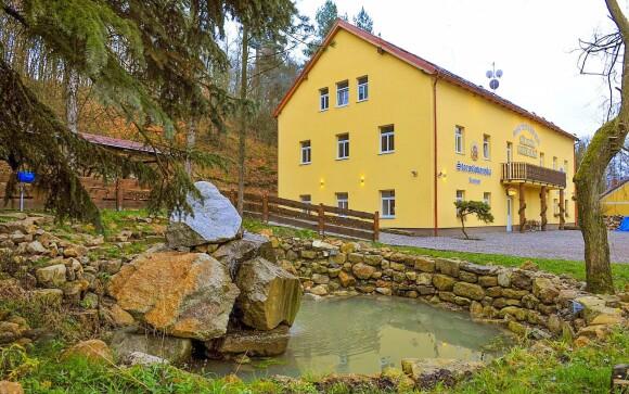 Přírodní pivní lázně a penzion Nivy u Karlových Varů