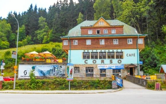 Hotel Corso  *** sa nachádza v Peci pod Sněžkou