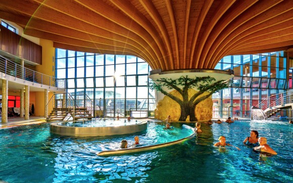 Užite si bazény aj wellness v termálnom kúpalisku Podhájska