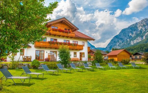Zabavíte sa aj na veľkej záhrade, Hotel Landhaus Amadeus