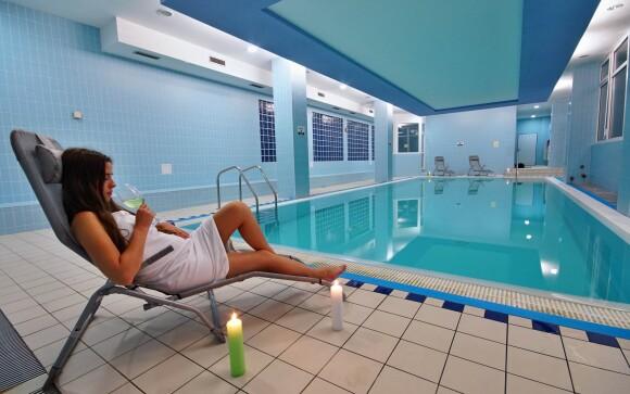 Bazén, wellness, Horský Hotel Jelenovská ***, Bílé Karpaty