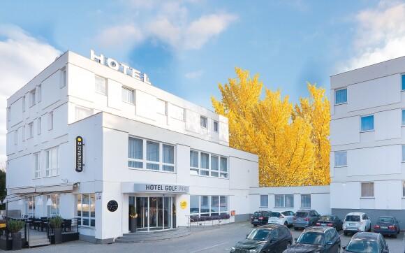 Luxusný Hotel Golf Praha **** neďaleko centra