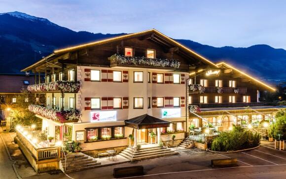 Hotel Standlhof *** v obklopení rakouských Alp