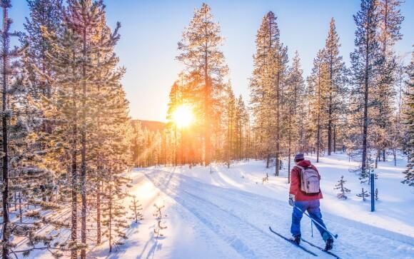 A do Krušných hor za parádní lyžovačkou to není daleko