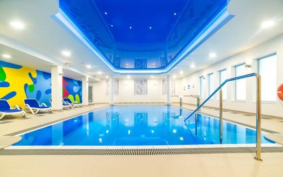 V rámci hotelového wellness je aj zážitkový bazén