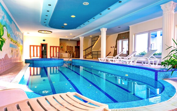 Tešte sa na wellness s bazénom, vírivkou a saunou