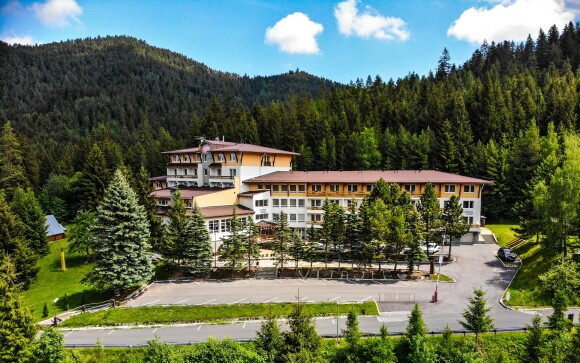 Relax Hotel Avena *** sa nachádza v krásnom prostredí Tatier