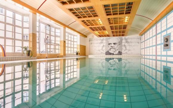 Užijte si luxusní wellness s bazénem a saunou