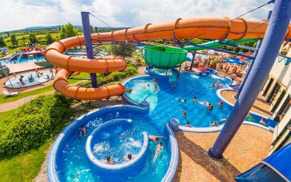 Užite si celodenný vstup do aquaparku s toboganmi