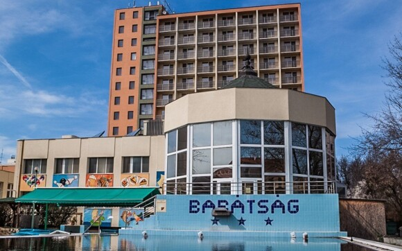 Užijte si relax dovolenou v hotelu Barástág***+