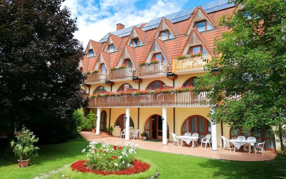 Hotel Ágnes *** jen 600 m od jezera Hévíz Maďarsko