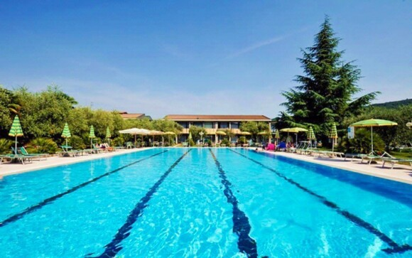 V obou hotelech máte vstup do bazénu (zde Park Hotel Oasi)