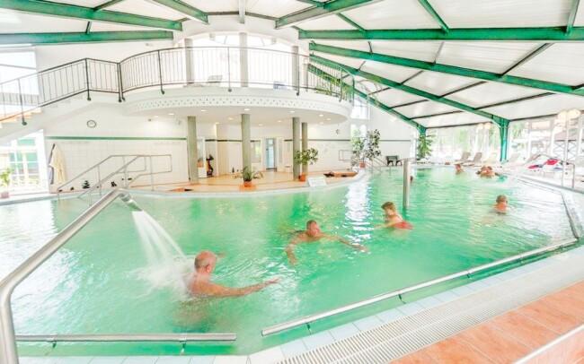 36% Maďarsko: 3-5 denní wellness pobyt pro DVA ve…