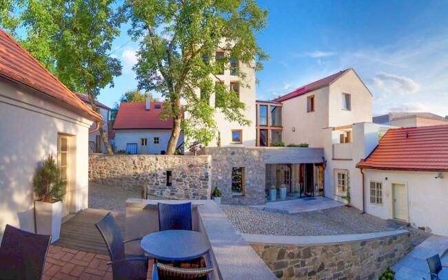 30% Střední Čechy: 3-5 denní pobyt pro DVA v hotelu…