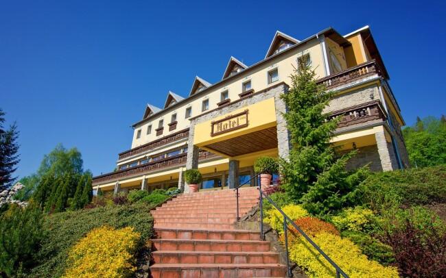 35% Slovensko: 3-4 denní pobyt pro DVA v Hotelu…