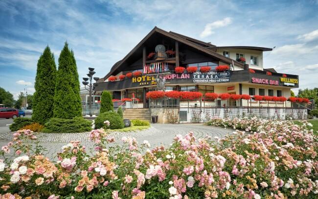 50% Beskydy: 3–7 denní pobyt pro DVA v hotelu Eroplán…