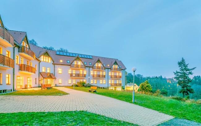 39% Krušné hory: 3–4 denní luxusní pobyt pro DVA s…