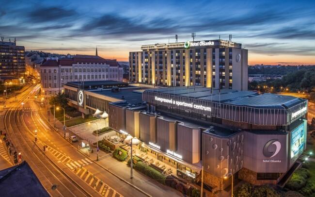 50% Praha: 2–8 denní pobyt pro DVA v Congress &…