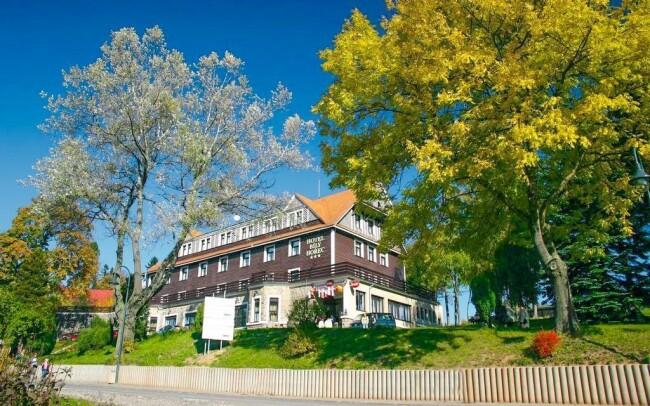 38% Krkonoše: 3–8 denní pobyt pro DVA v Hotelu SPA…